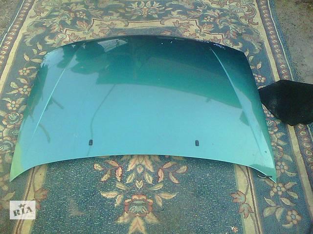 продам Б/у капот для легкового авто Ford Fiesta Mk 5 бу в Ковеле