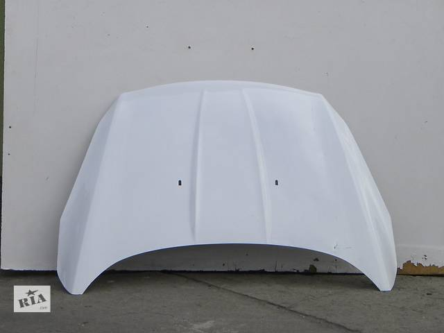 продам Б/у капот для легкового авто Ford Kuga бу в Чернигове