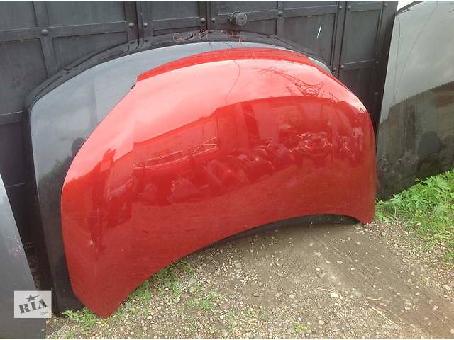 купить бу Б/у капот для легкового авто Honda CR-V в Ровно