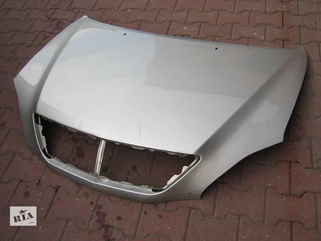 купить бу Б/у капот для легкового авто Lexus RX в Ровно