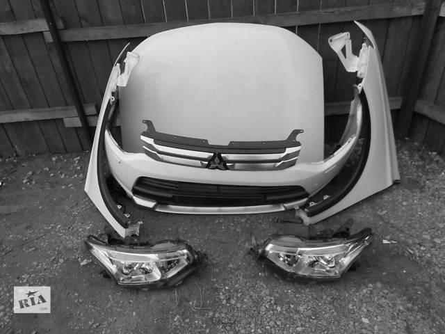 купить бу Б/у капот для легкового авто Mitsubishi Outlander в Львове