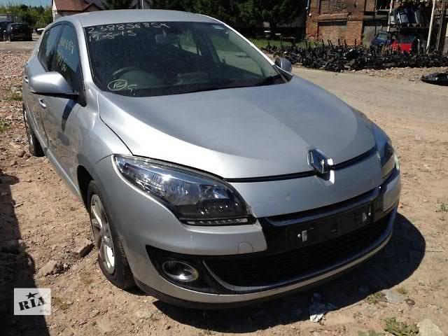 продам Б/у капот для легкового авто Renault Megane III 2011 бу в Луцке