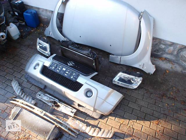 продам Б/у капот для легкового авто Suzuki Grand Vitara бу в Львове