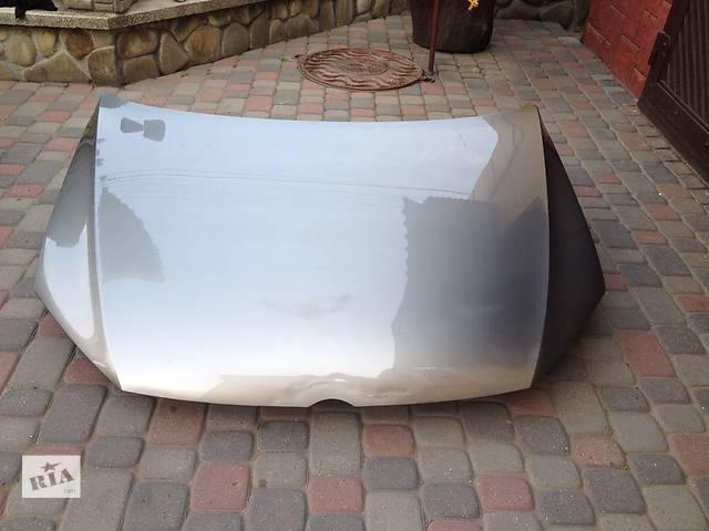 продам Б/у капот для легкового авто Volkswagen Passat B7 бу в Львове