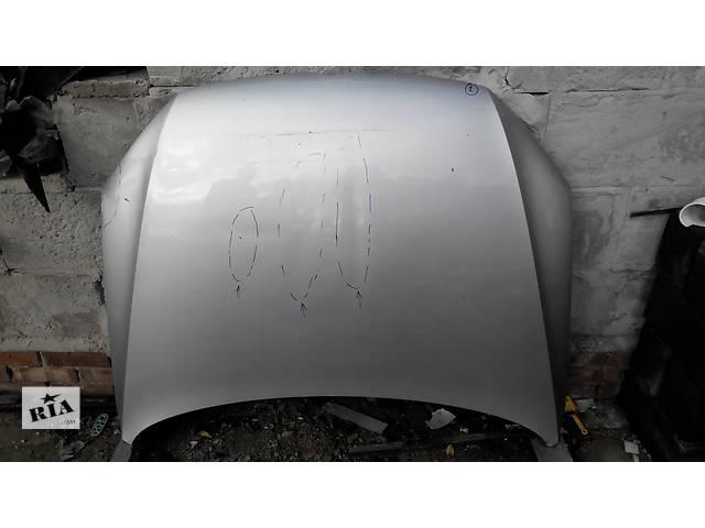 продам Б/у капот для легкового авто Volkswagen Passat B7 бу в Киеве