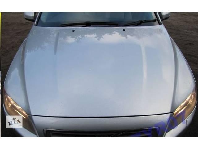купить бу Б/у капот для легкового авто Volvo XC70 в Львове