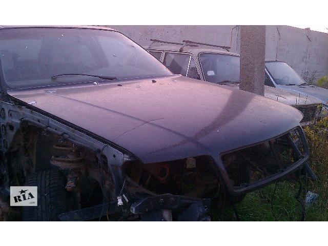 бу Б/у капот для седана Audi 100 С4 1993 в Киеве