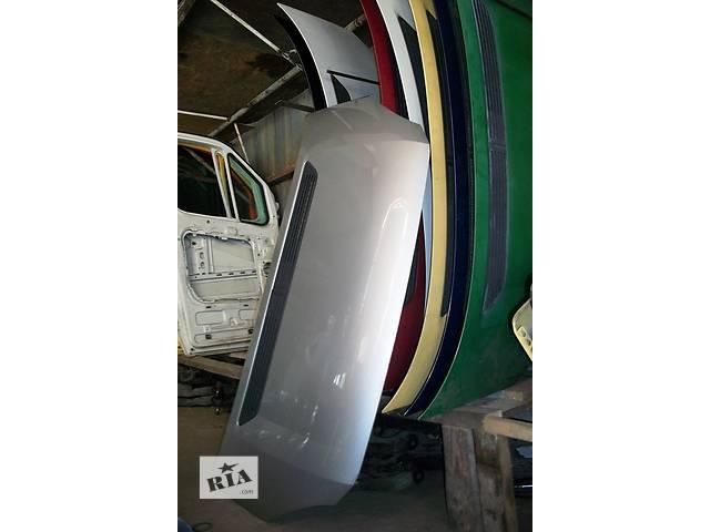 купить бу Б/у капот Volkswagen Crafter Фольксваген Крафтер 2.5 TDI 2006-2010 в Луцке