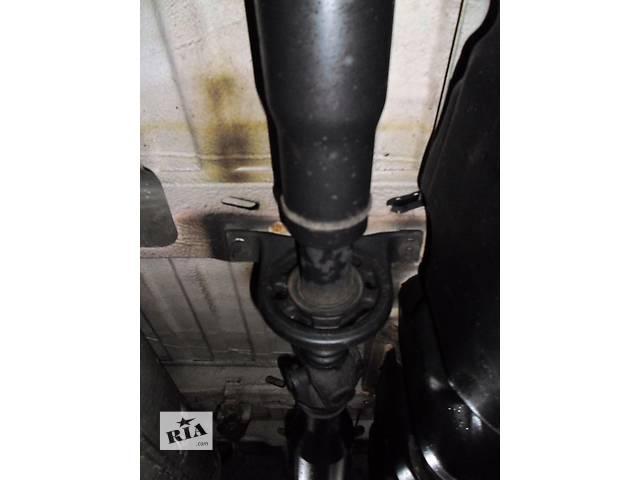купить бу Б/у Кардан Карданный вал Volkswagen Crafter Фольксваген Крафтер 2.5 TDI 2006-2010 в Луцке
