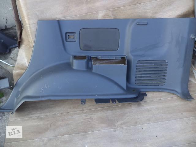 продам Б/у карта багажного отсека нижняя правая 62510-6A170-B0 для кроссовера Lexus GX 470 2002-2009г бу в Николаеве