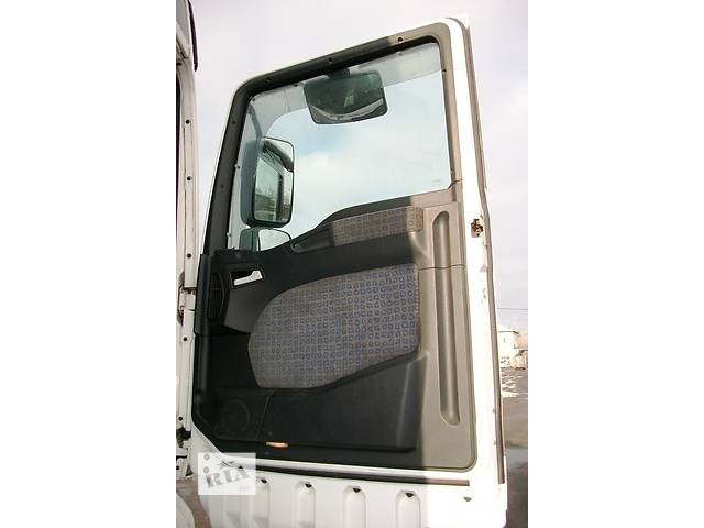 купить бу Б/у карта двери для грузовика МАН MAN TGA 18 480 Evro3 2003 в Рожище