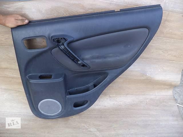 бу Б/у карта двери задняя правая для кроссовера Toyota Rav 4 2002, 2003, 2004, 2005г в Киеве
