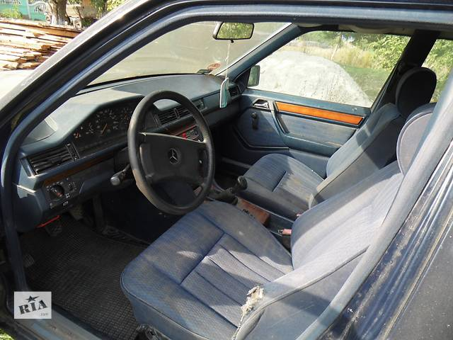 купить бу Б/у карта двери для легкового авто Mercedes 124 в Дубно (Ровенской обл.)