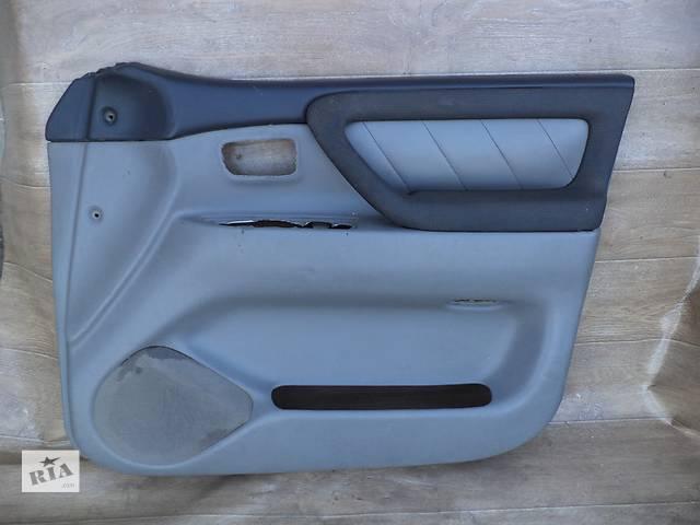 купить бу Б/у карта двери передняя правая 67650-60022-B2 для кроссовера Toyota Land Cruiser 100 2007г в Киеве