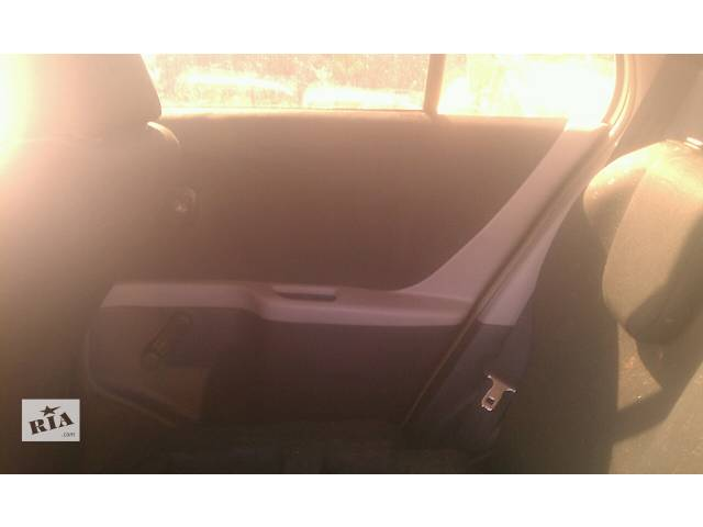 бу Б/у карта двери задняя правая  67630-0D400-C0 для хэтчбека Toyota Yaris 2007г в Киеве