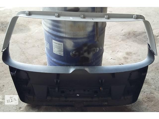 продам Б/у карта крышки багажника для универсала Volkswagen Passat B6 бу в Киеве