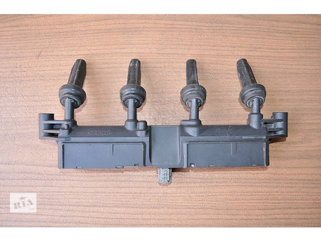 купить бу Б/у катушка зажигания для легкового авто Citroen C2 1.1-1.4-1.6 в Луцке