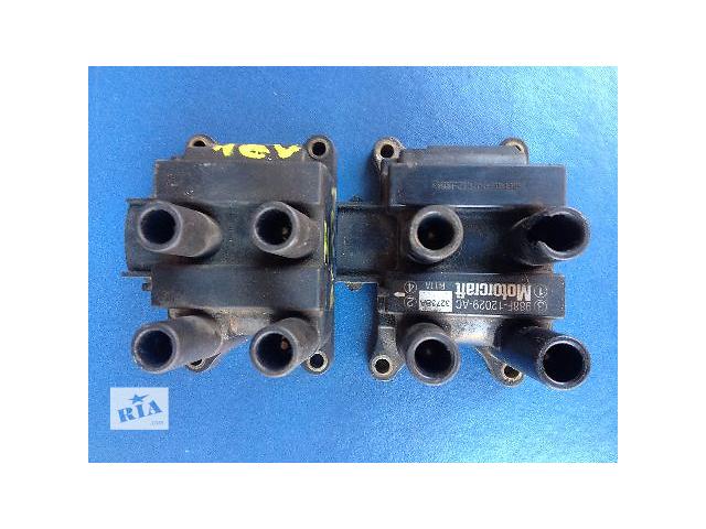 продам Б/у катушка зажигания для легкового авто Ford Escort MK7 (988F12029AC) бу в Луцке