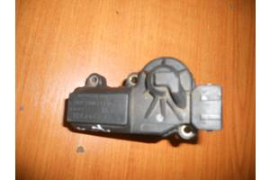 б/у Клапаны холостого хода Volkswagen Passat B3