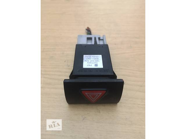 Б/у кнопка аварийки для легкового авто Seat Leon 1M0941509- объявление о продаже  в Тернополе