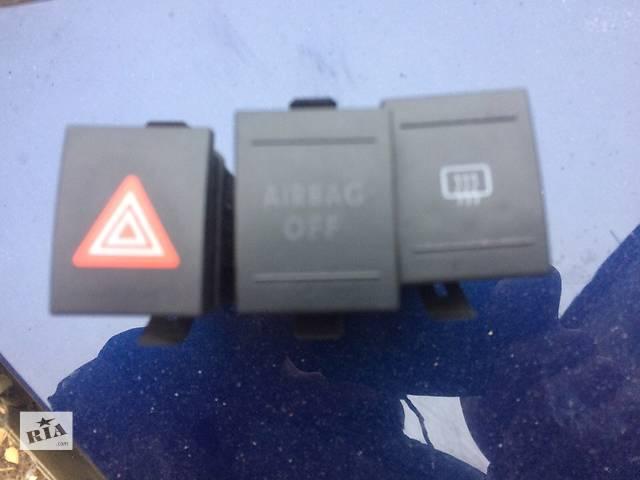 продам Б/у кнопка аварийки для легкового авто Volkswagen Polo бу в Умани