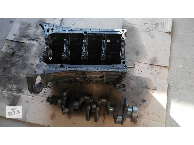 бу Б/у коленвал для легкового авто Mercedes Sprinter 313 в Виннице