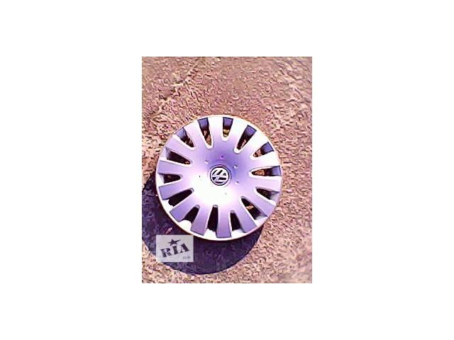 купить бу Б/у колпак на диск для легкового авто Volkswagen r16 в Харькове