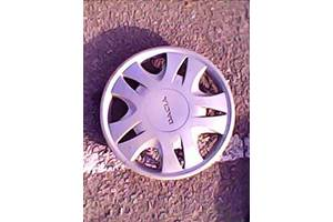 б/у Колпак на диск Dacia