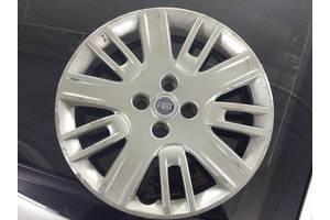 б/у Ковпак на диск Fiat Doblo