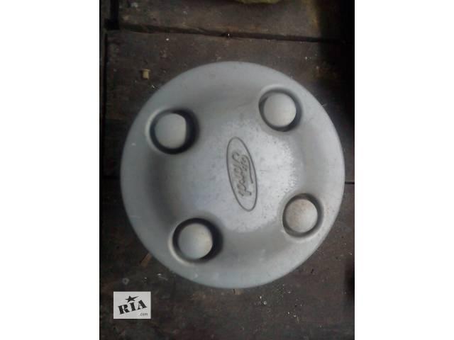 продам Б/у колпак на диск для легкового авто Ford бу в Каменец-Подольском
