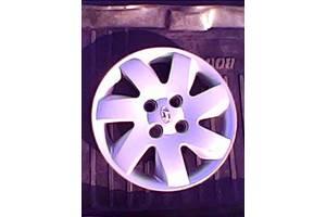 б/у Колпак на диск Hyundai Getz