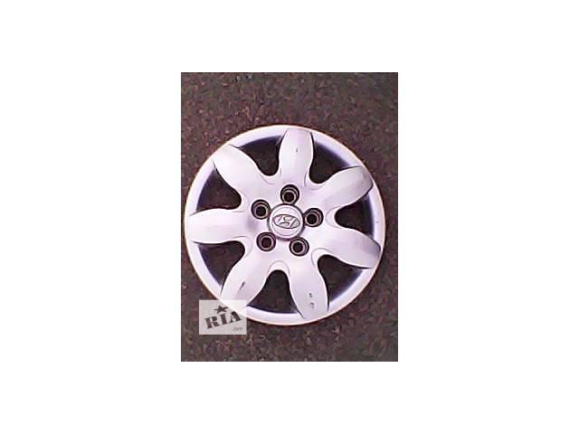 купить бу Б/у колпак на диск для легкового авто Hyundai r15 в Харькове