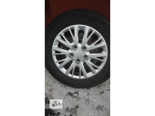 купить бу Оригинальный колпак на диск для легкового авто Kia Ceed 52960-A2000 в Харькове