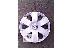 б/у Колпак на диск Nissan