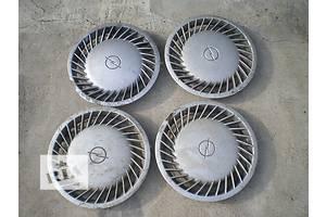 б/у Колпаки на диск Opel Omega A