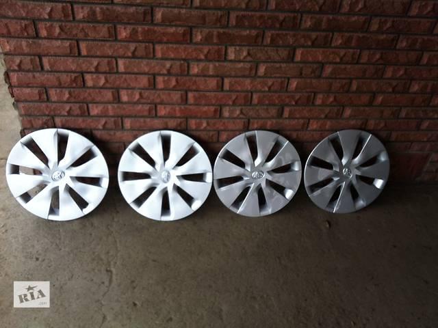 купить бу Б/у колпак на диск для легкового авто Toyota Corolla в Коломые