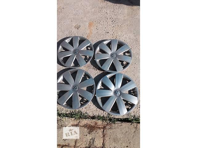 купить бу Б/у колпак на диск для легкового авто Volkswagen Caddy   R-16  в Яворове