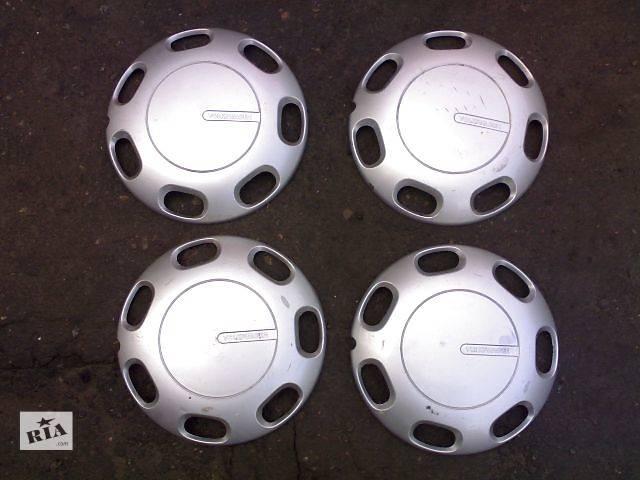 купить бу Б/у колпак на диск для легкового авто Volkswagen Passat B3 в Сумах