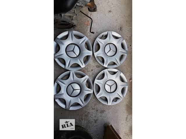 купить бу Б/у колпак на диск для седана Mercedes E-Class в Киеве