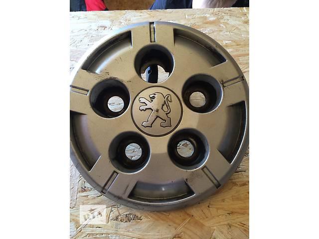 купить бу Б/у колпак на диск Пежо Боксер Peugeot Boxer 2006- в Ровно