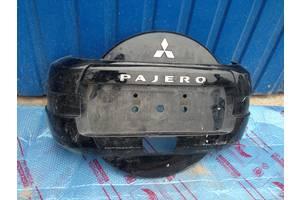 б/у Держатели запаски Mitsubishi Pajero Wagon