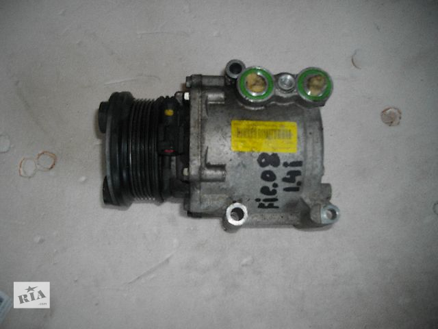 купить бу Б/у компрессор кондиционера для легкового авто Ford Fiesta 2007 в Львове