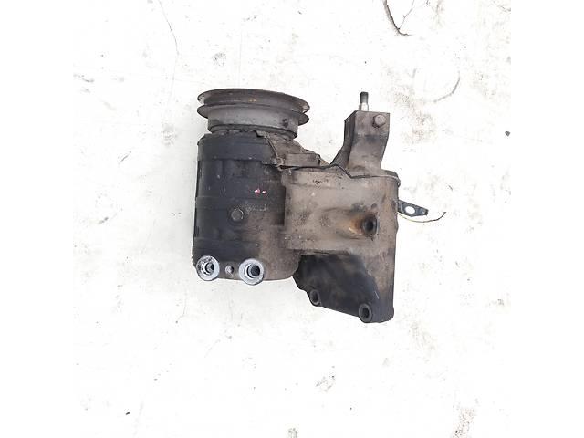 Б/у компрессор кондиционера для Nissan Vanette 2.3 D- объявление о продаже  в Ковеле