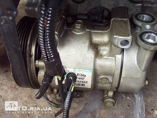 купить бу Б/у компрессор кондиционера на Ford Fiesta 1500822 в Киеве