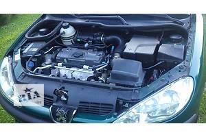 б/у Генератор/щетки Peugeot 206