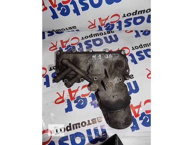 купить бу Б/у корпус масляного фильтра + теплообменик Renault Master Рено Мастер Оpel Movano Опель Мовано 3.0 2003-2010. в Ровно