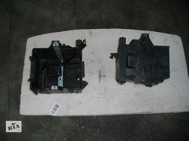 Б/у корпус под аккумулятор для легкового авто Ford Fiesta 2007- объявление о продаже  в Львове