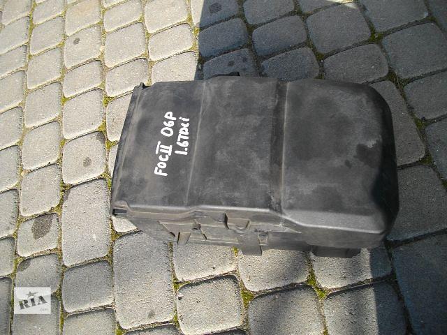 продам Б/у корпус под аккумулятор для легкового авто Ford Focus 2007 бу в Львове