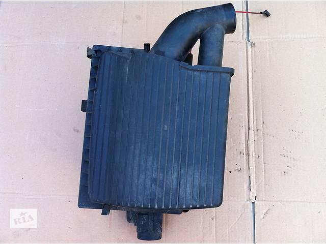 продам Б/у корпус повітряного фільтра для легкового авто Opel Vectra B бу в Виннице