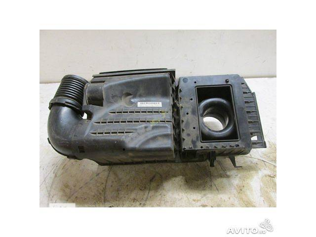 продам Б/у корпус воздушного фильтра для легкового авто Ford Kuga бу в Ровно